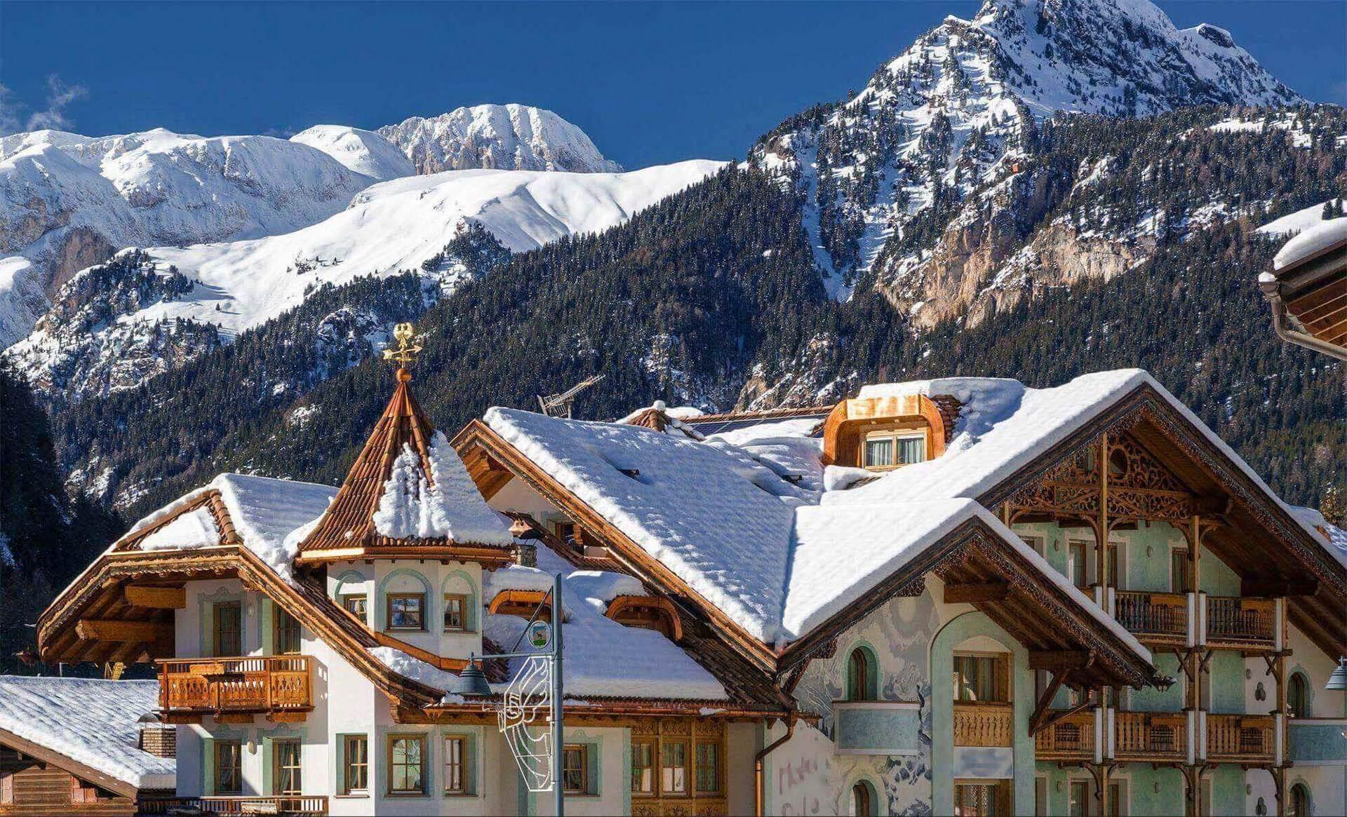 Canazei Skiing 187 Go Skiing In Canazei Ski Resort