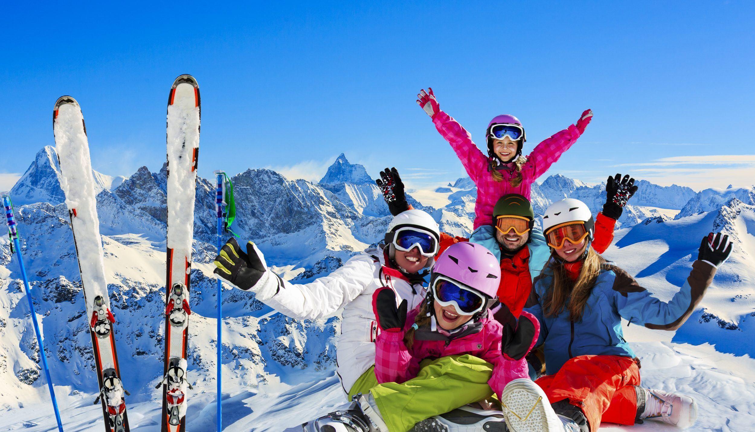 Garmisch-Partenkirchen ski resort | Skiing in Garmisch ... on bansko ski map, madonna di campiglio ski map, tamarack resort ski map, courchevel ski map, germany ski map, garmisch-partenkirchen ski poster, st. moritz ski map, deer valley ski map, cortina d'ampezzo ski map, buck hill ski map, chamonix ski map, klosters ski map, kitzbuhel ski map, grenoble ski map, schladming ski map, zermatt ski map, europe ski map, garmisch-partenkirchen ski jump,