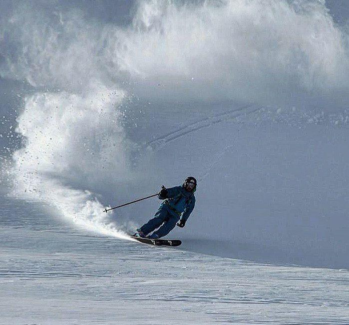 Cat-skiing in Siberia
